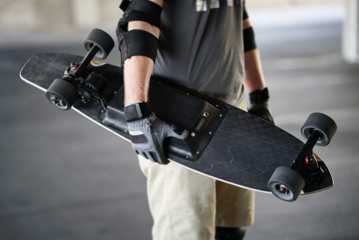 electric skateboarding boosted m1
