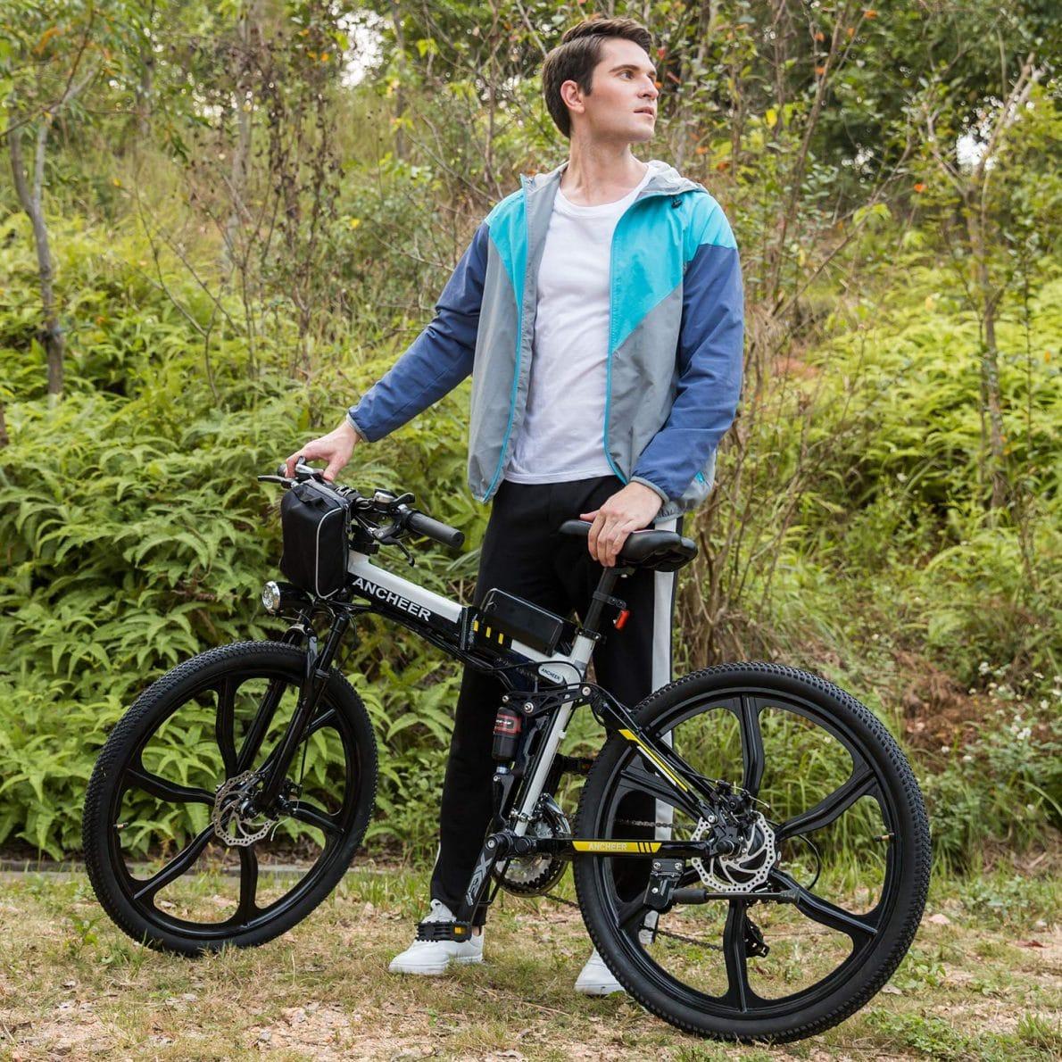 Solar Power- E-Bike Charging: The Possibilities