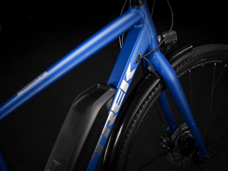 Bosch PowerPack battery on the blue bike