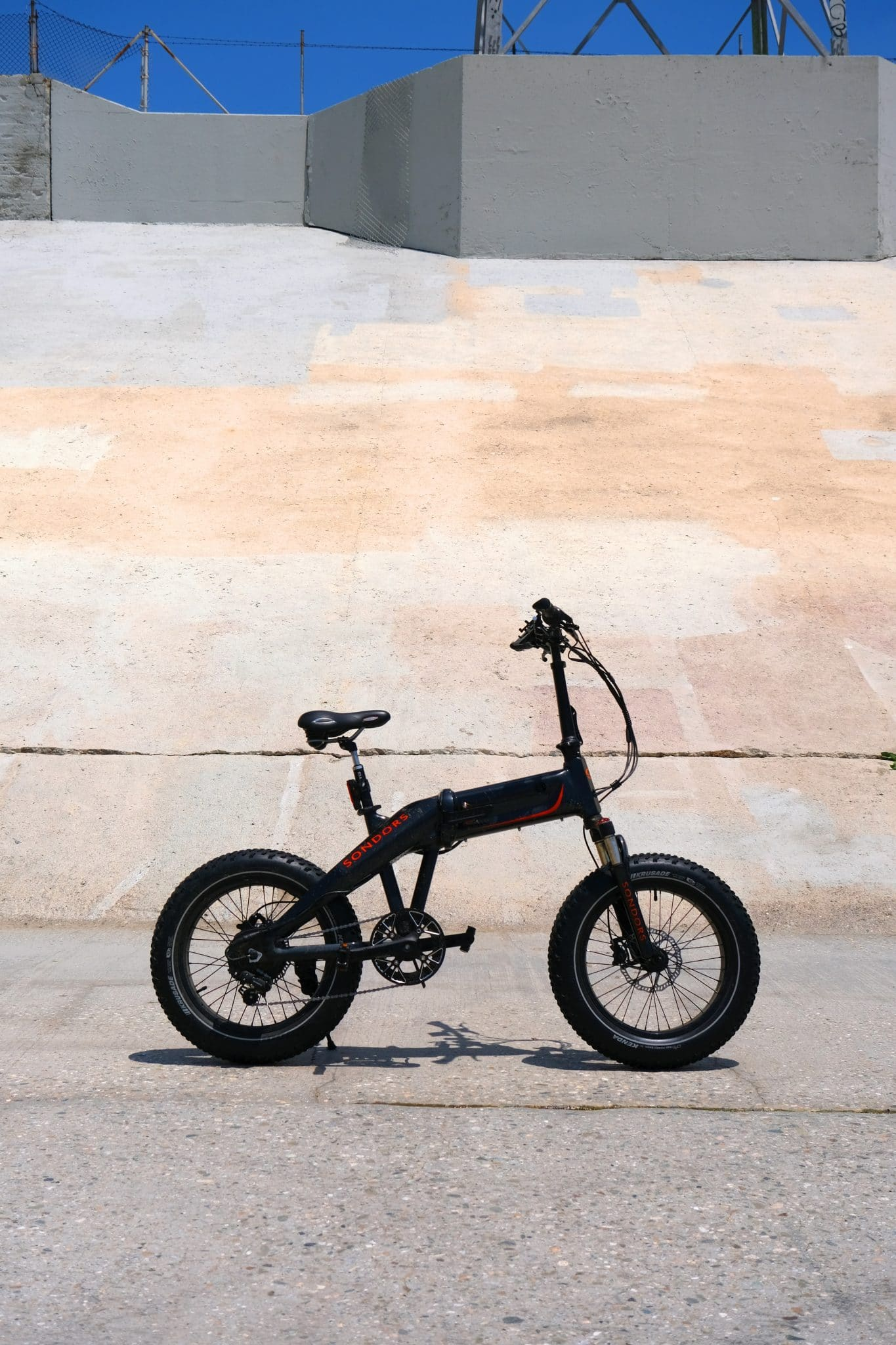 Comparison Of Commuter Bikes: Juiced Bikes CrossCurrent X And Rad Power RadMission 1